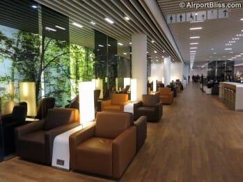 Lufthansa Senator Lounge - Frankfurt (FRA) by gate Z50 (Non-Schengen)
