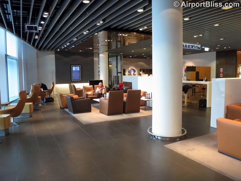 lufthansa first class lounge fra a schengen 8104
