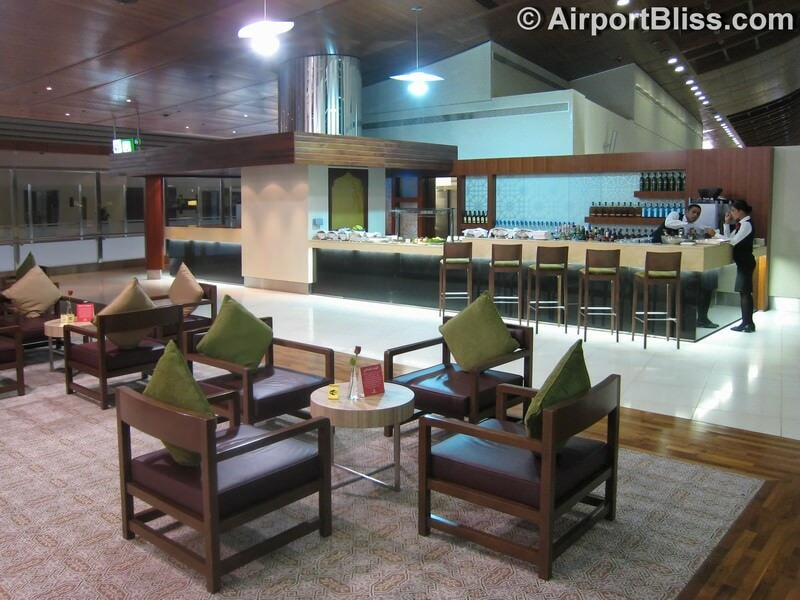 DXB emirates first class lounge dxb t3b 6611