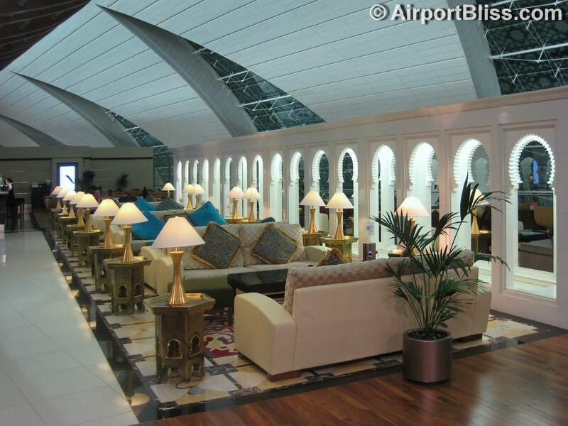 DXB emirates first class lounge dxb t3b 6635