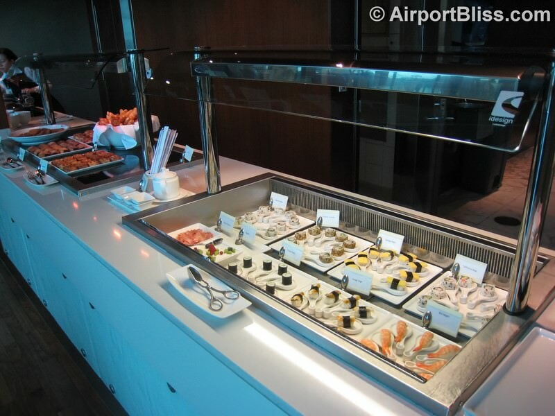 DXB emirates first class lounge dxb t3b 6825