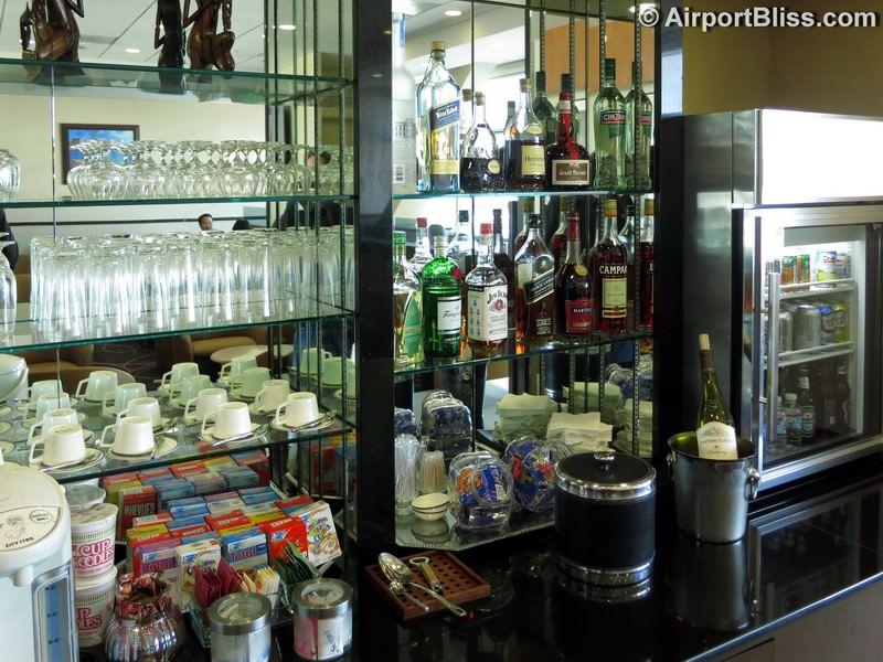 SFO singapore airlines silverkris lounge sfo 0559