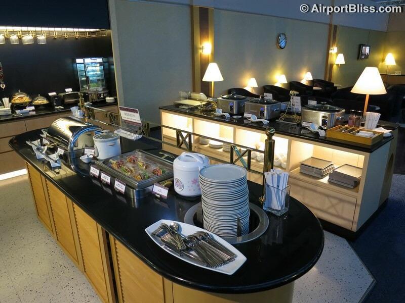 TPE singapore airlines silverkris lounge tpe 5885