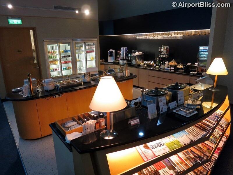 TPE singapore airlines silverkris lounge tpe 5890