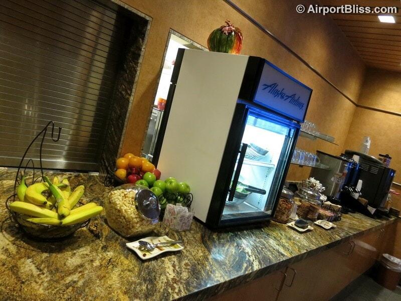 LAX alaska airlines board room lax 6560