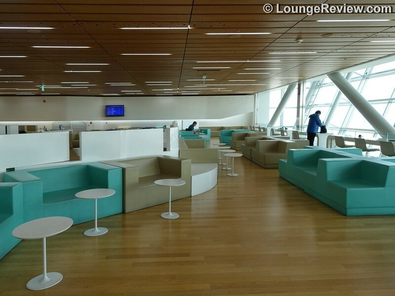Korean Airlines KAL Lounge - Seoul (ICN) Concourse A, a Priority Pass lounge