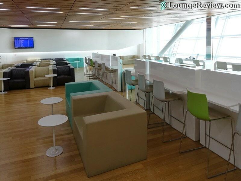 ICN korean air kal lounge icn concourse a 00616