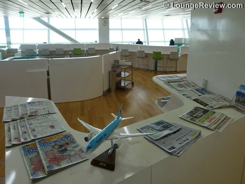 ICN korean air kal lounge icn concourse a 00625