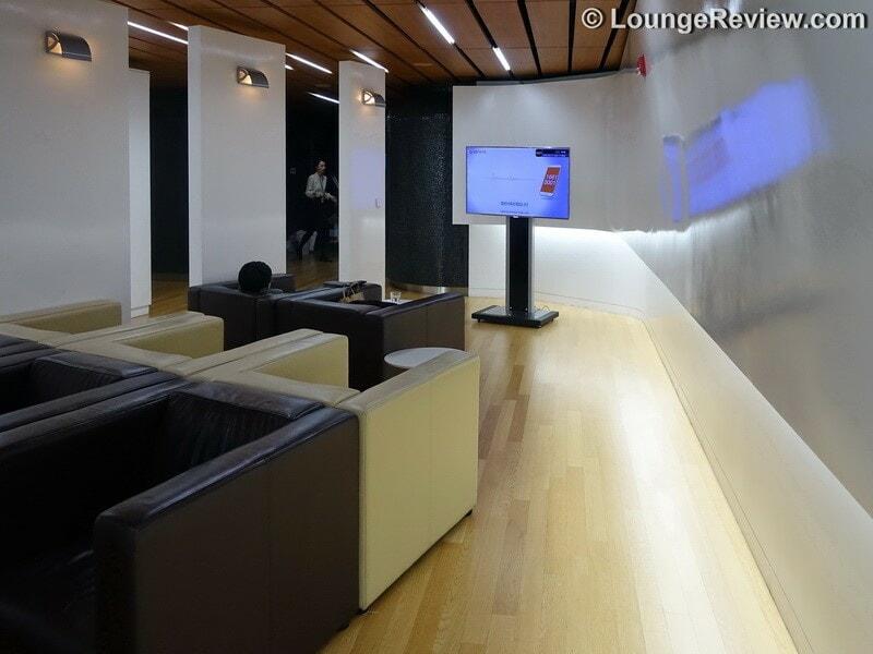 ICN korean air kal lounge icn concourse a 00652