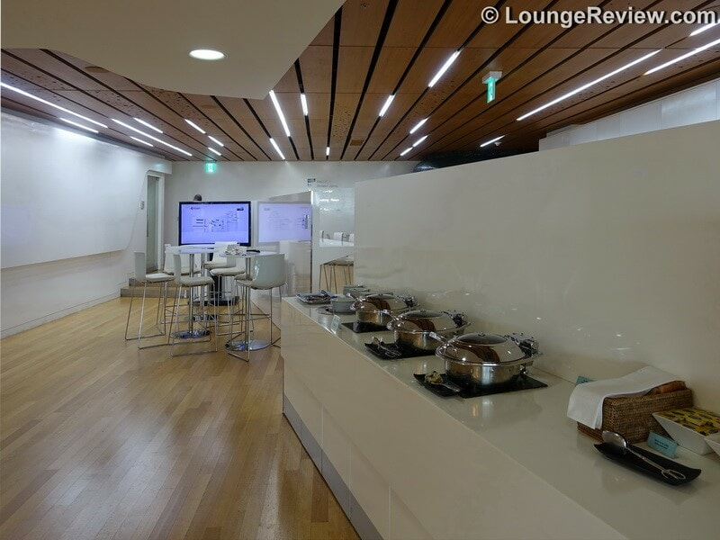 ICN korean air kal lounge icn concourse a 00660