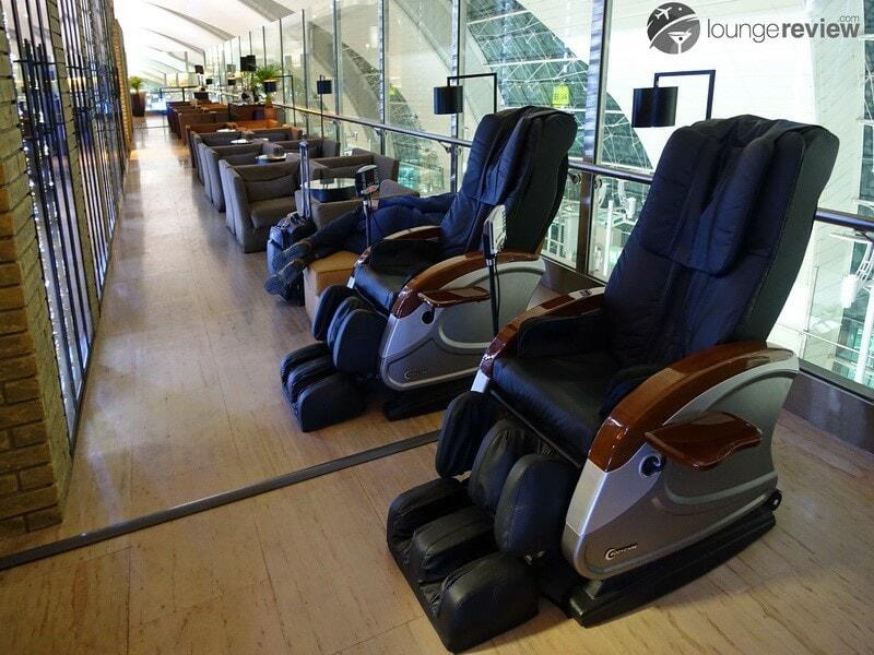 DXB lounge at b the hub dxb 02594
