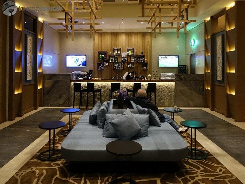 LHR plaza premium lounge lhr t2 05388