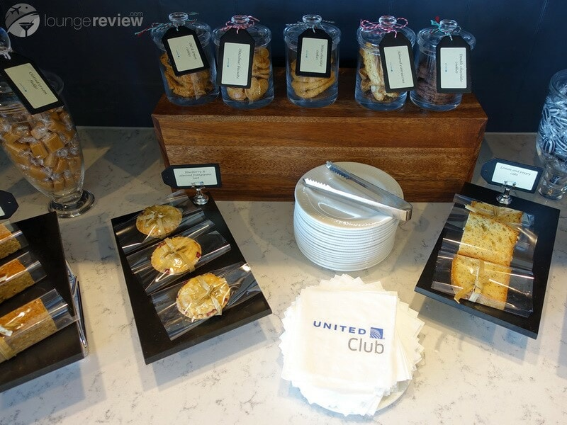 LHR united global first lounge lhr 05706