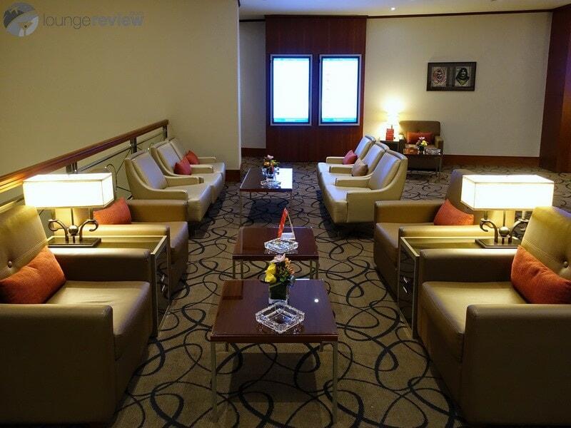 DXB emirates first class lounge dxb t1c 02781