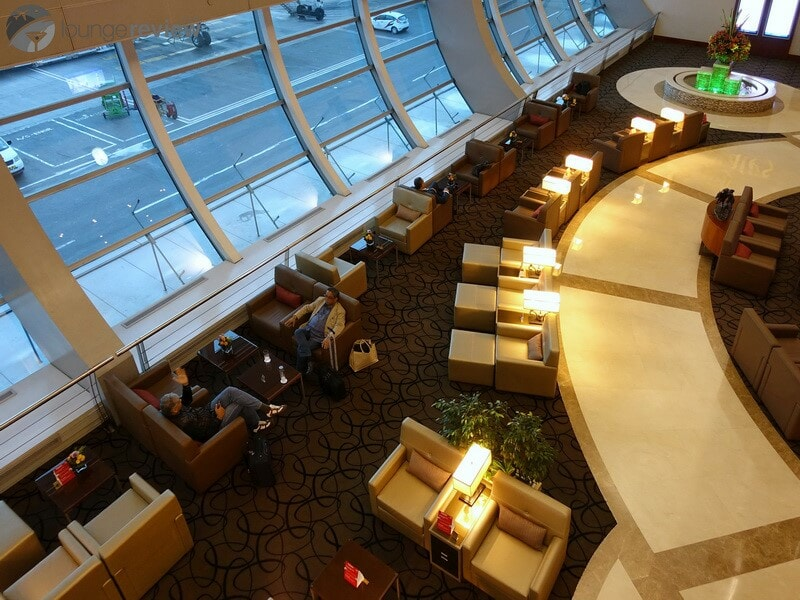 DXB emirates first class lounge dxb t1c 02786