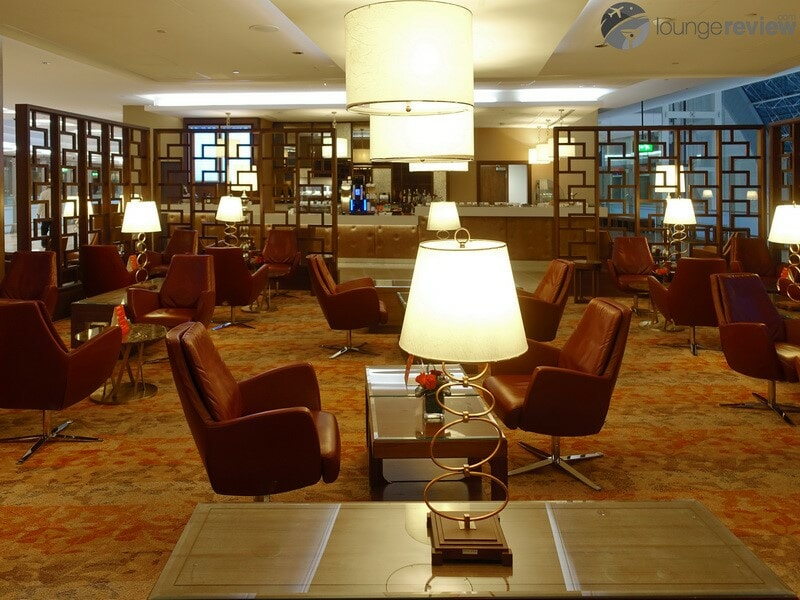 DXB emirates first class lounge dxb t3a 04718