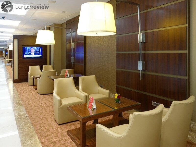 DXB emirates first class lounge dxb t3a 04721