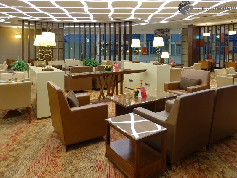 DXB emirates first class lounge dxb t3a 04734