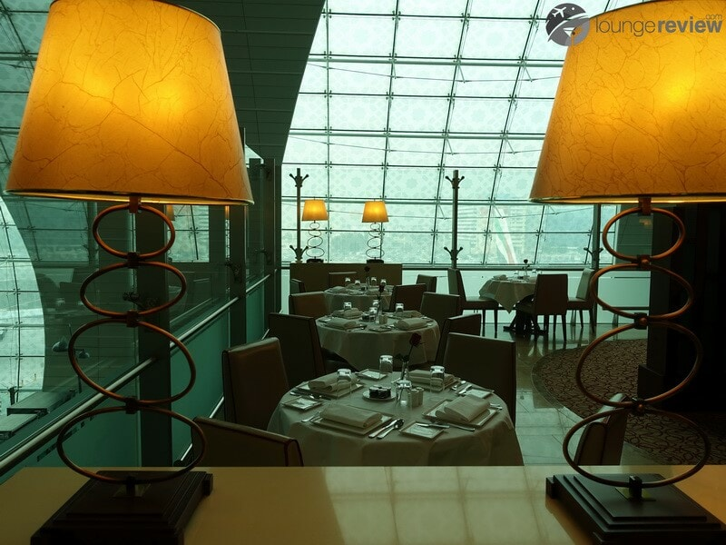 DXB emirates first class lounge dxb t3a 04802