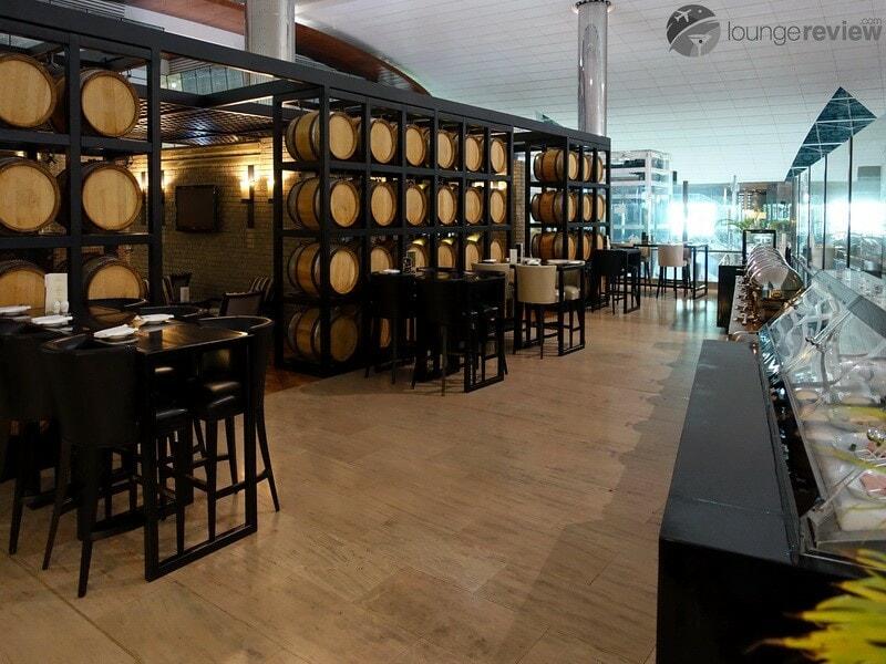 DXB lounge at b the hub dxb 02640