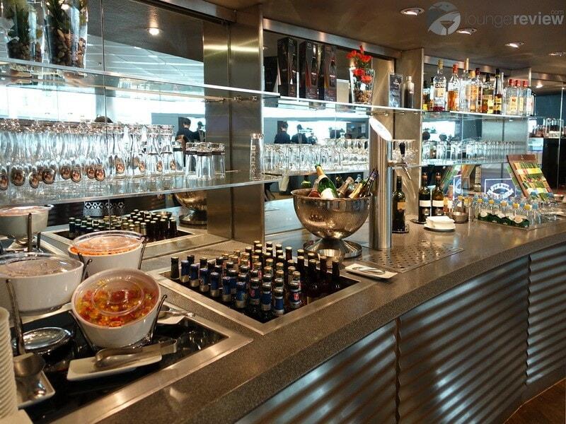 MUC lufthansa business lounge muc schengen g28 07369