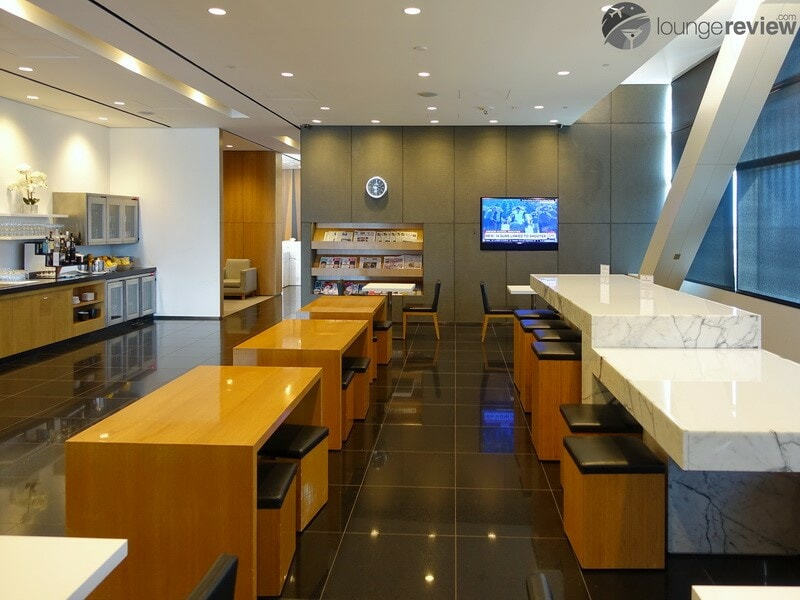 Cathay Pacific Business and First Lounge - San Francisco, CA