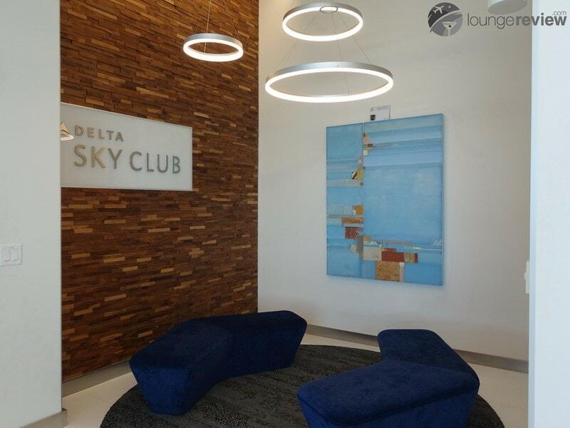 SFO delta sky club sfo 09746