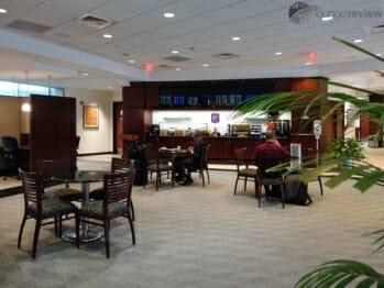 United Club - Houston Intercontinental (IAH) Terminal E