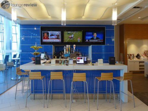 Bar at the Delta Sky Club - San Diego, CA (SFO)