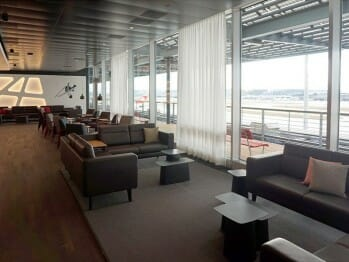 SWISS Senator Lounge – Zurich (ZRH) Concourse E (Non-Schengen) | Photo courtesy of rcs at vielfliegertreff.de