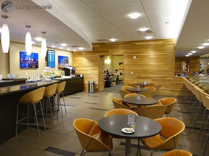 LAS the club at las terminal 3 08302