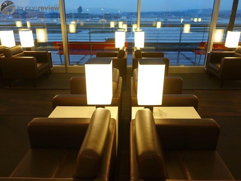 ZRH swiss business lounge zrh concourse e non schengen 07212