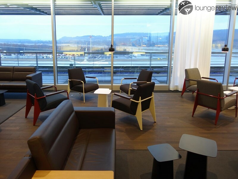 ZRH swiss business lounge zrh concourse e non schengen 07248