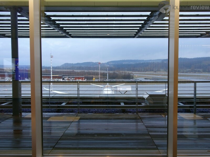 ZRH swiss business lounge zrh concourse e non schengen 07259
