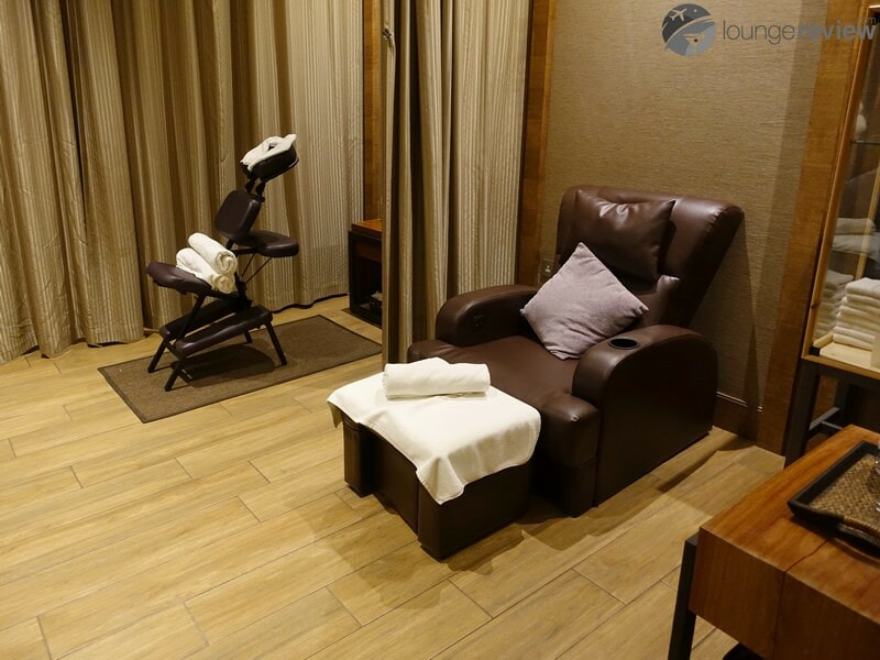 LHR plaza premium lounge lhr t2 09576