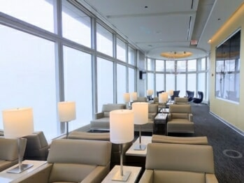 United Club - Chicago O'Hare (ORD) Terminal 1, gate B18 | © United