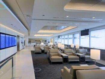 United Club - Chicago O'Hare (ORD) Terminal 1, gate B18 | © United