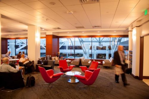 Delta Sky Club - Denver, CO (DEN) | © Denver International Airport