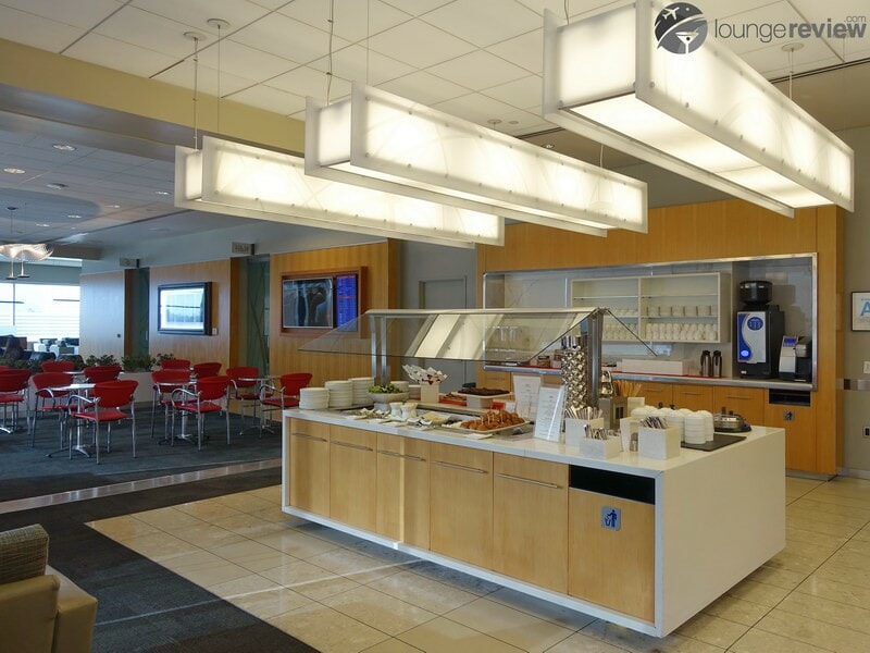LAX air canada maple leaf lounge lax 02395 1