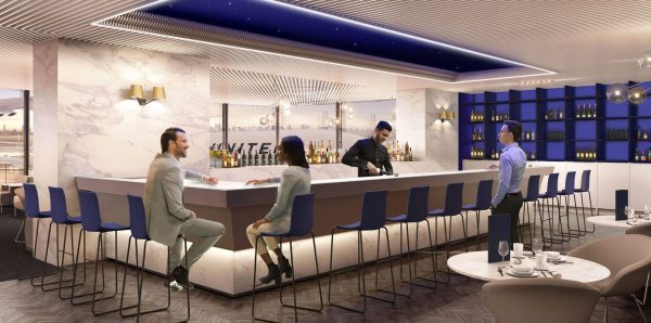 Bar at the United Polaris Lounge | © United