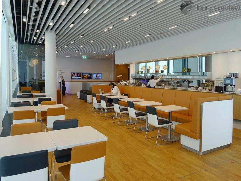 MUC lufthansa business lounge muc terminal 2 satellite non schengen 06782
