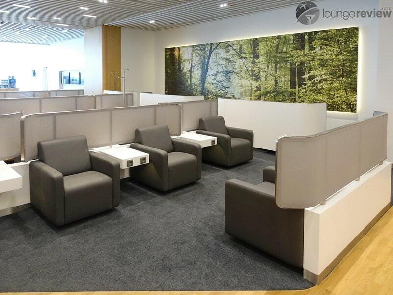 MUC lufthansa business lounge muc terminal 2 satellite schengen 06598
