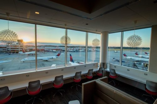 Delta Sky Club - Atlanta, GA (ATL) Concourse B   © Delta
