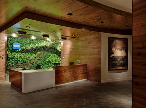 American Express The Centurion Lounge - Miami, FL (MIA) | © American Express