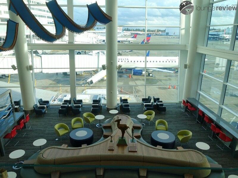 SEA delta sky club sea concourse a b 00076 1
