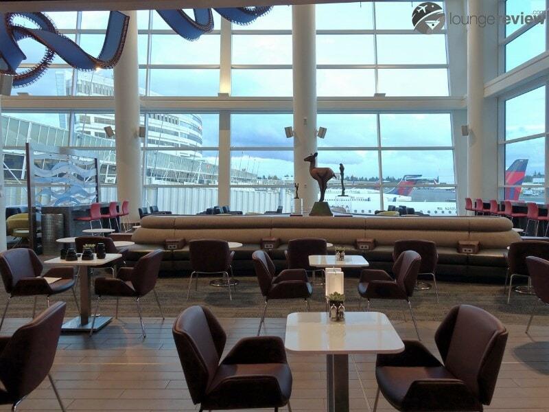 SEA delta sky club sea concourse a b 00348