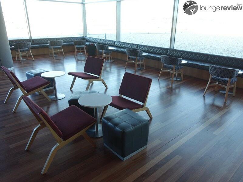 SYD qantas club syd 07819