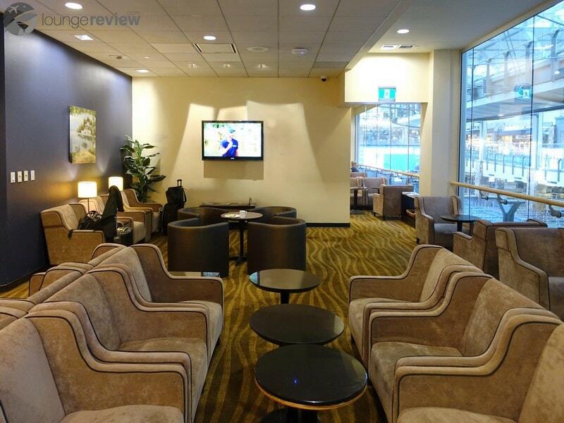 YVR plaza premium lounge yvr transborder 08901
