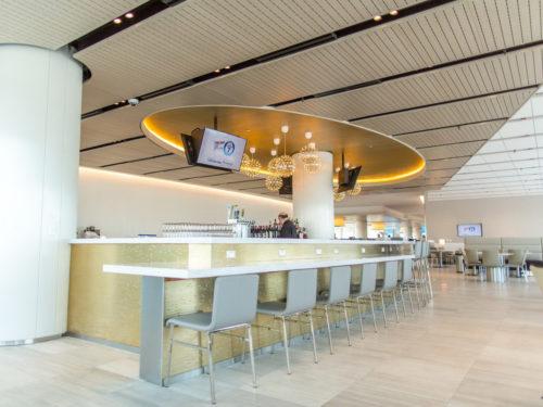 New United Club - Los Angeles, CA (LAX) gate 71A | © United