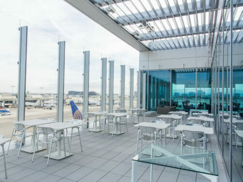 United Club - Los Angeles, CA (LAX) | © United